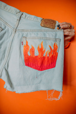 Flame Pocket Shorts High-Waisted Size (16)