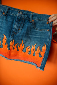 Flames Skirt High-Waisted Size (4)