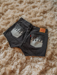 Flame Pocket High-Waisted Shorts Size (8)