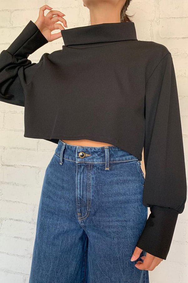 Cropped Wide T-Neck