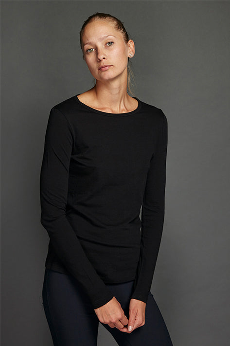 Black Long Sleeve Tee with Shirttail
