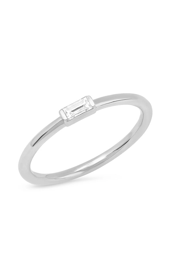 DIAMOND BAGUETTE SOLITAIRE RING