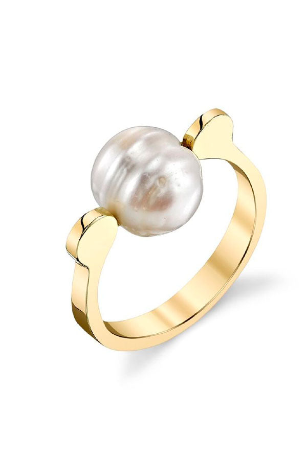 Pearl on Stirrup Ring