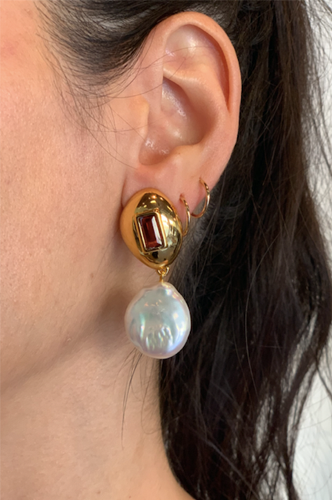 Royal Pear Earrings