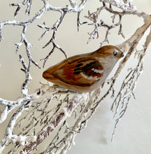 Load image into Gallery viewer, Clip-on sparrow ornaments