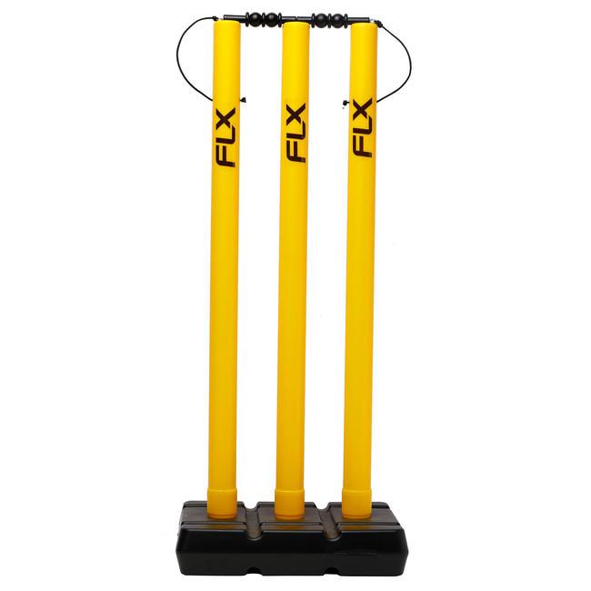 CRICKET WICKET AND STUMP SET, PLASTIC, YELLOW.