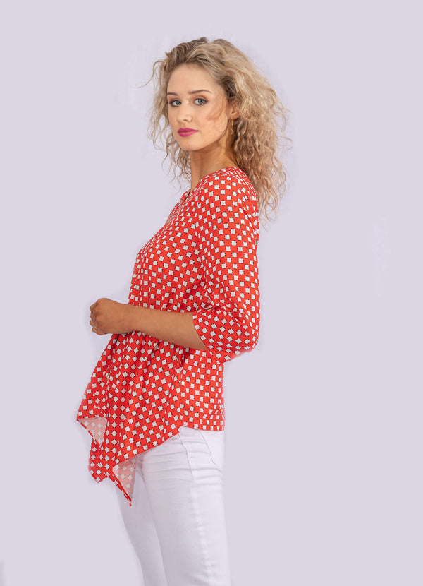 RED CUBE PRINT ADJUSTABLE BLOUSE.