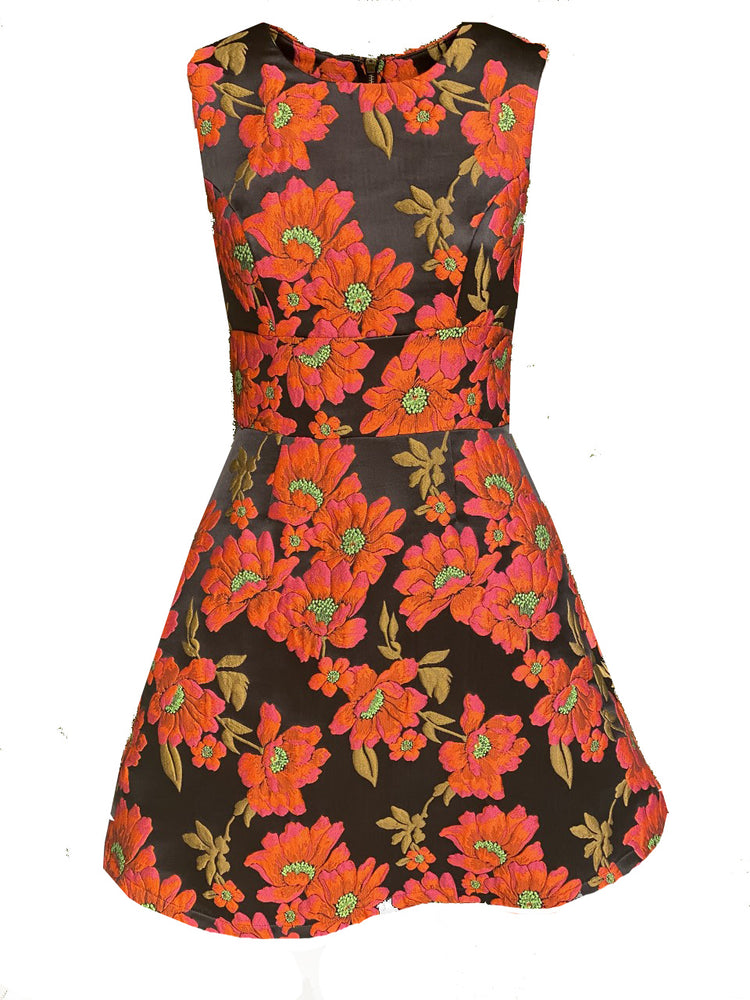 SLEEVELESS FLOWER IN BOSSED DRESS