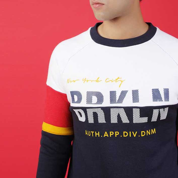 NAVY SWEAT WITH WHITE AND RED PANELS