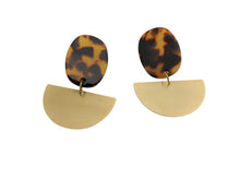 Load image into Gallery viewer, cellulose acrylic acetate earrings