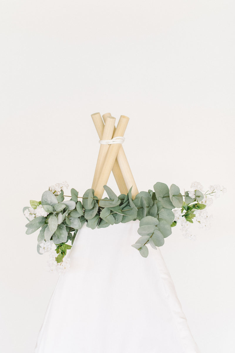 The Greenery Floral Topper