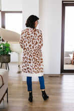 Load image into Gallery viewer, Giraffe Print Long Cardigan