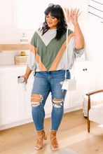 Load image into Gallery viewer, The Kourtney Chevron Top