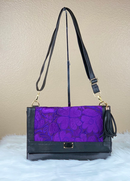 LOLA CROSSBODY WALLET