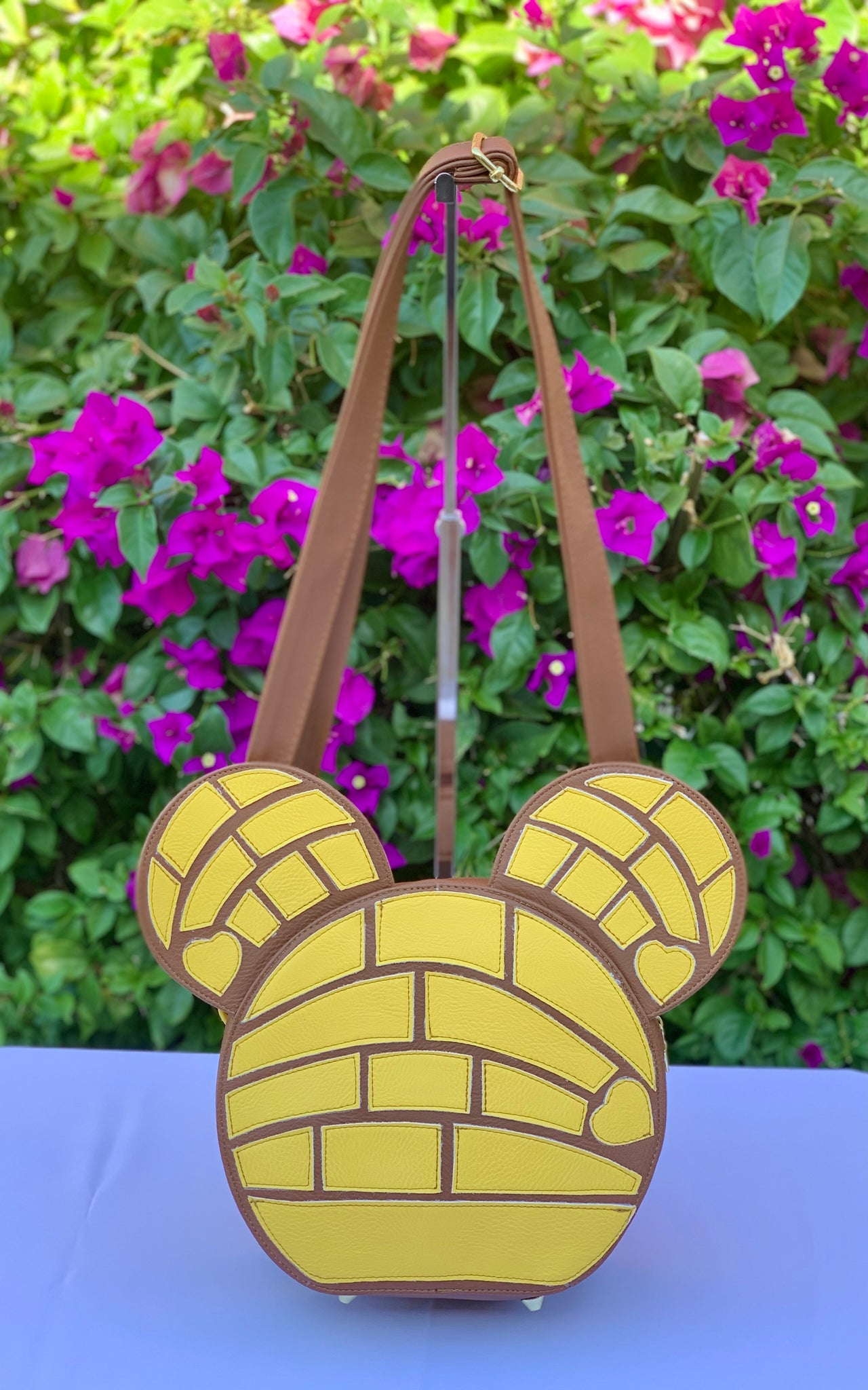 CONCHA MOUSE CROSSBODY HANDBAG- YELLOW