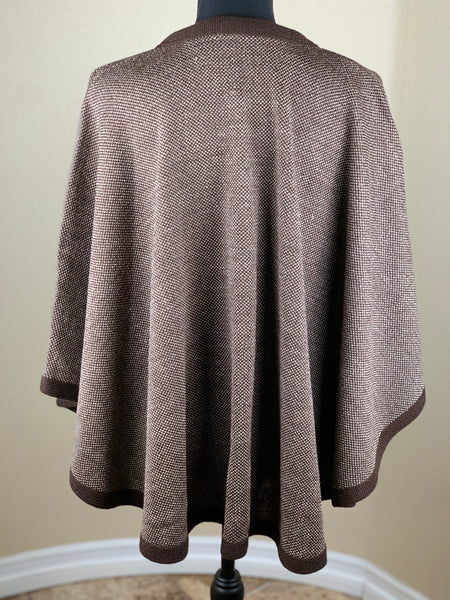 BUTTON FRONT CAPE/PONCHO