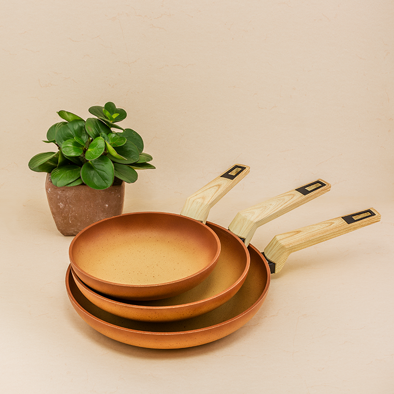 Set of 3 Terracotta frying pans