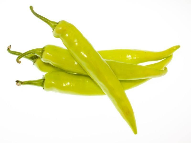 Hot Green Chili Peppers - door2doorfresh.com