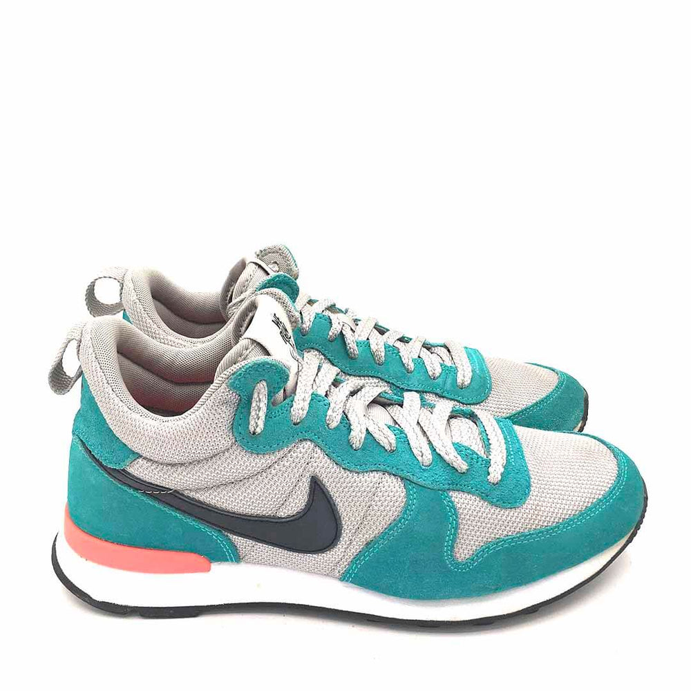 "Wmns Internationalist Mid ""We Run SF"""