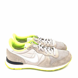Wmns Internationalist ID