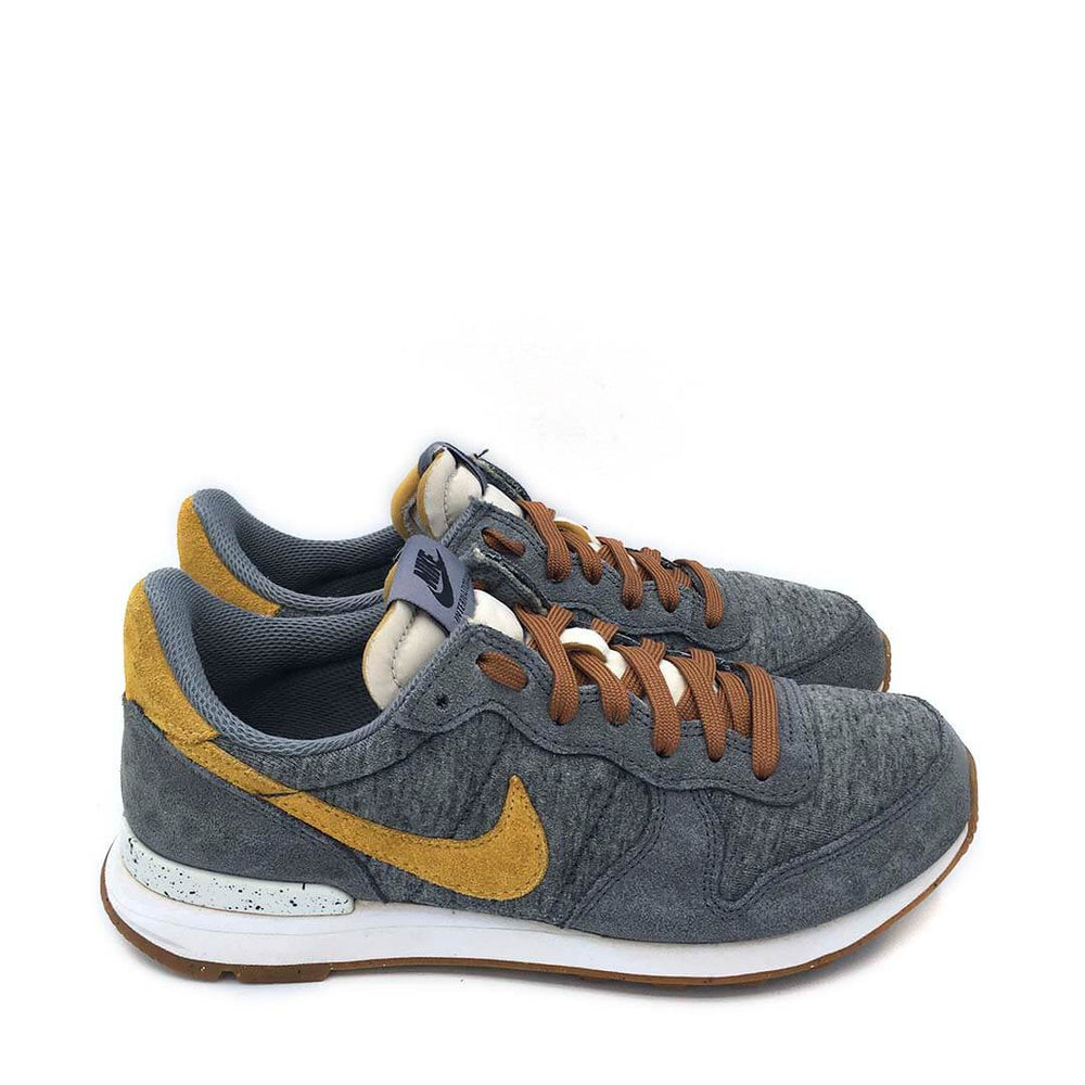 Internationalist ID 'grey/mustard'