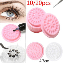 Load image into Gallery viewer, 10/20pcs Plastic Gasket Extension Tray Adhesive Pallet Convenient Assistant Stand Grafting Eyelash Glue Holder Pad Flower Shape