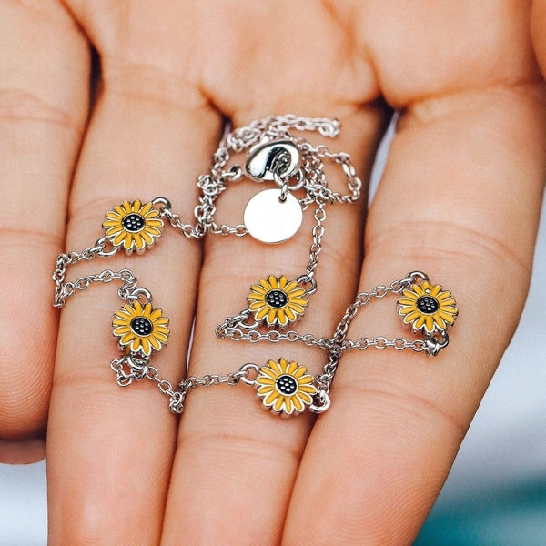 Bohemian Beach Sunflower for Women Necklace Silver Color Choker Chain Sun Flower Pendant Fashion Jewelry