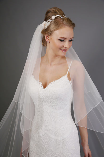 Bridal Apparel Italian Tulle, Simple Edged Crystal Scatter Veil || CGAS202