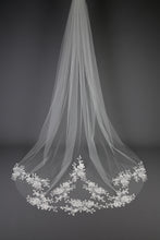 Load image into Gallery viewer, Bridal Apparel Sparkling Floral Lace Train Veil || CGC546C