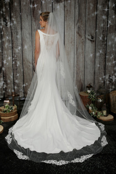 Bridal Apparel Swirl Lace Train Veil || CGC574B