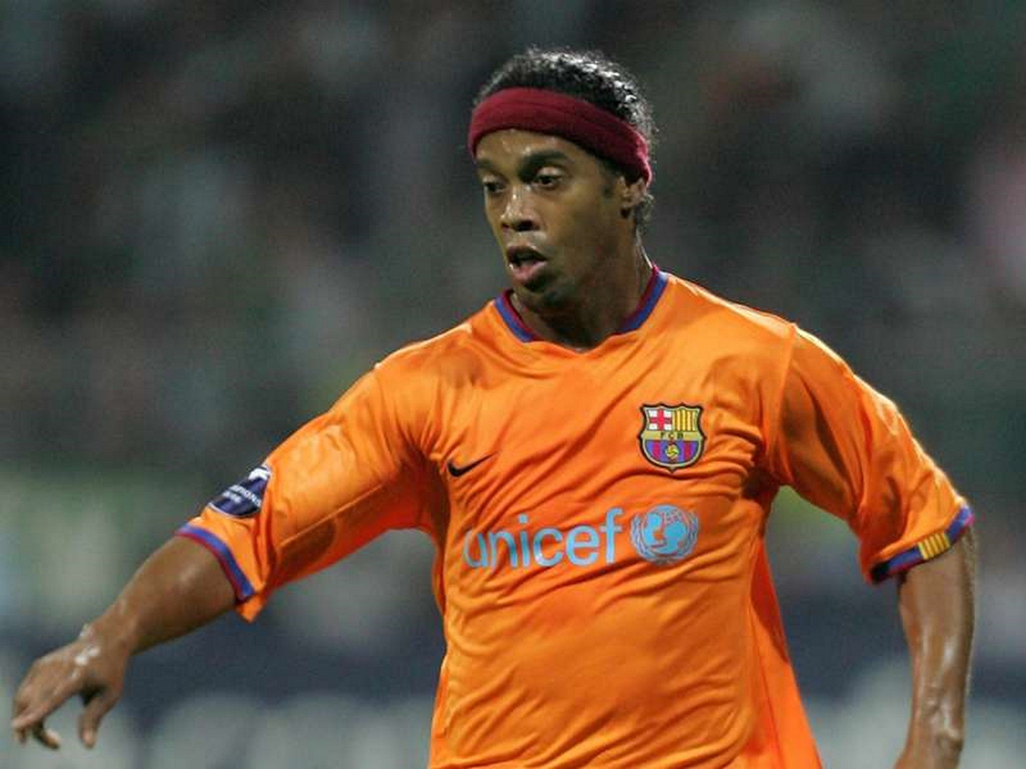 FC Barcelona 2006 - 2008 Away Football Shirt #10 Ronaldinho