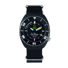 Load image into Gallery viewer, Gyre SeaCleaner 'Green Ocean' - black NATO