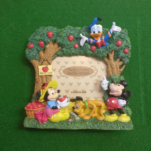 Picnic Family Disney Unlimited Photoframe