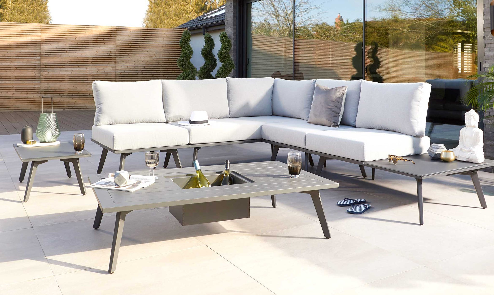 Garden Furniture Buying Guide: Everything You Need To Know