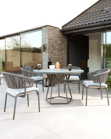 Porto and Ivy outdoor dining table and chairs