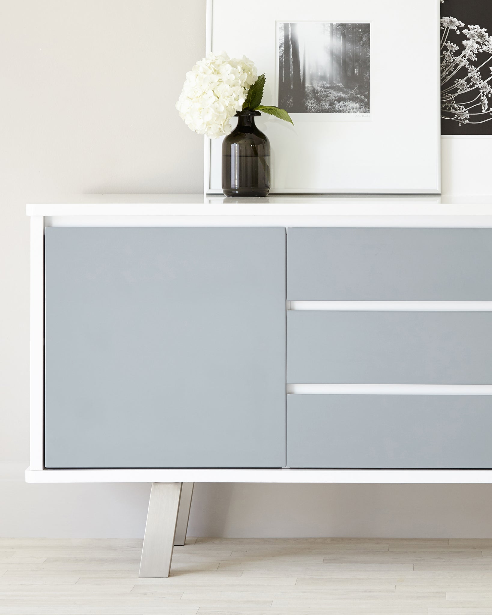 Assi White And Grey Gloss Sideboard