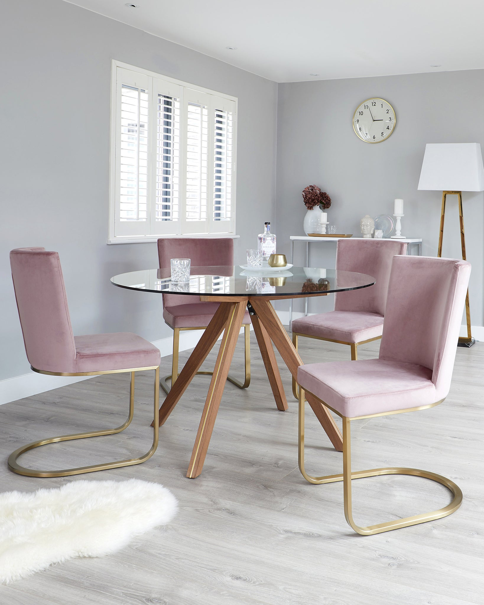 Valencia Clear Glass And Walnut And Form Blush Velvet 4 Seater Dining Set