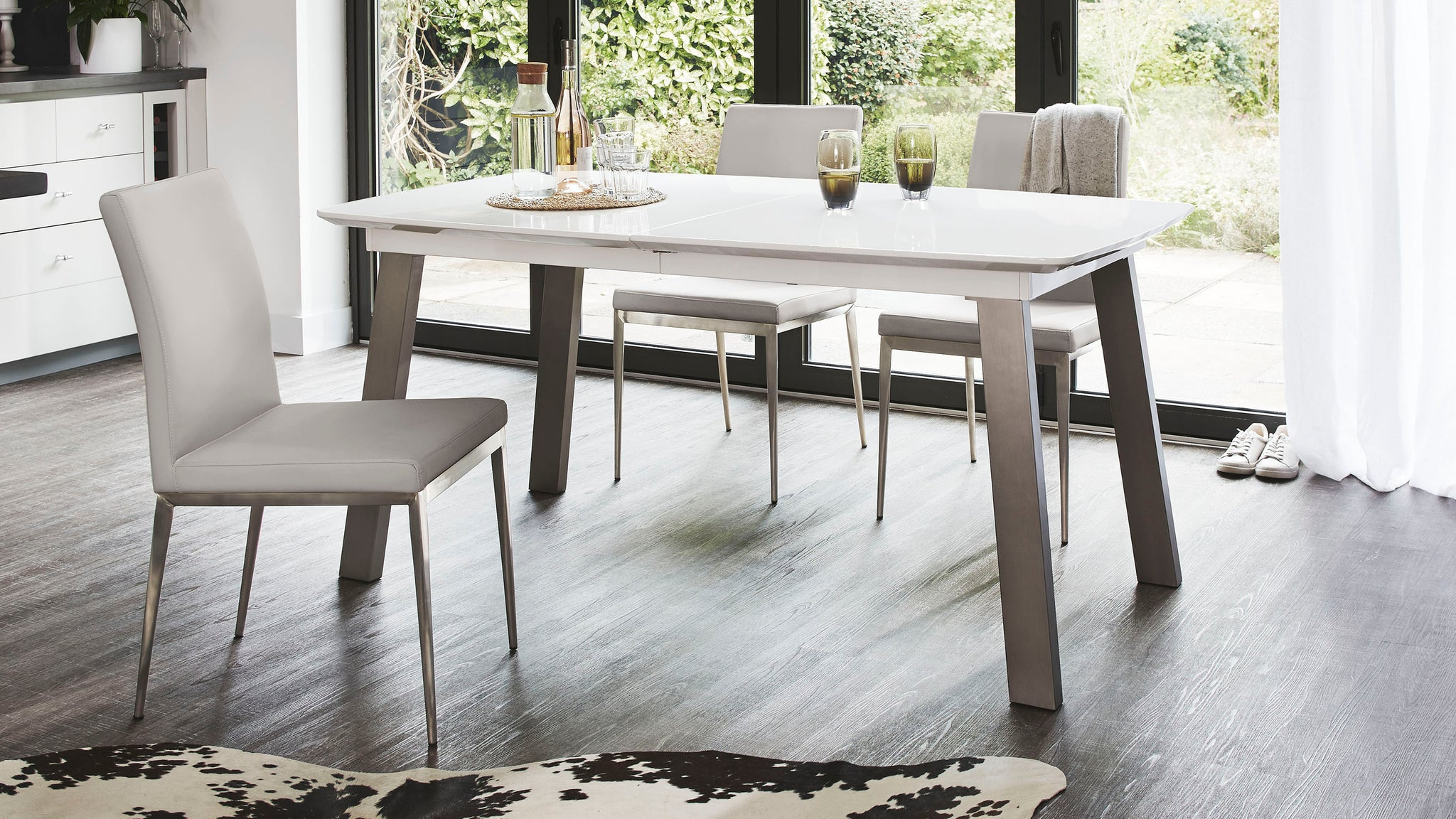 Assi White Gloss Extending And Lucia Dining Set