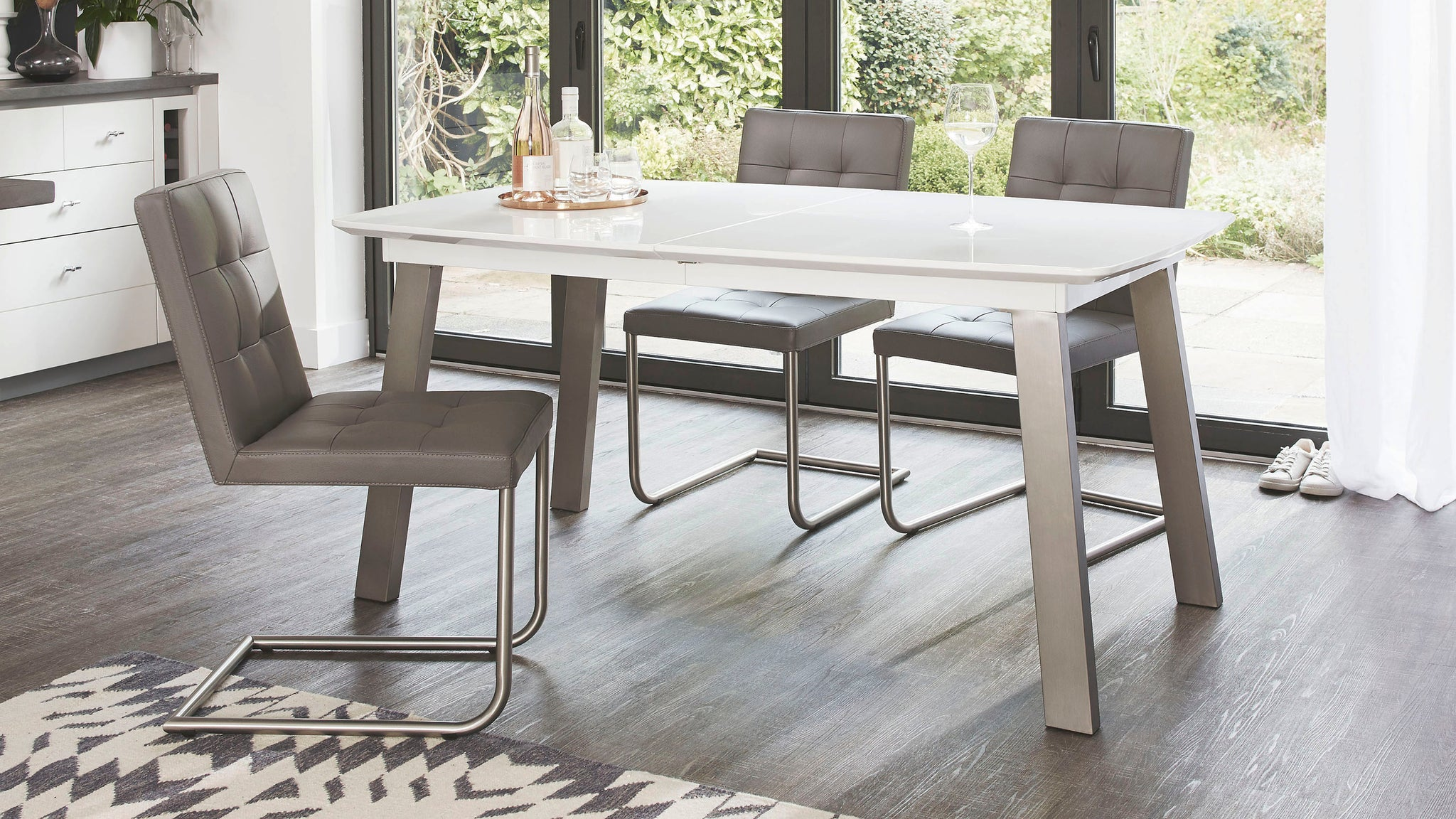Assi White Gloss Extending And Danni Dining Set