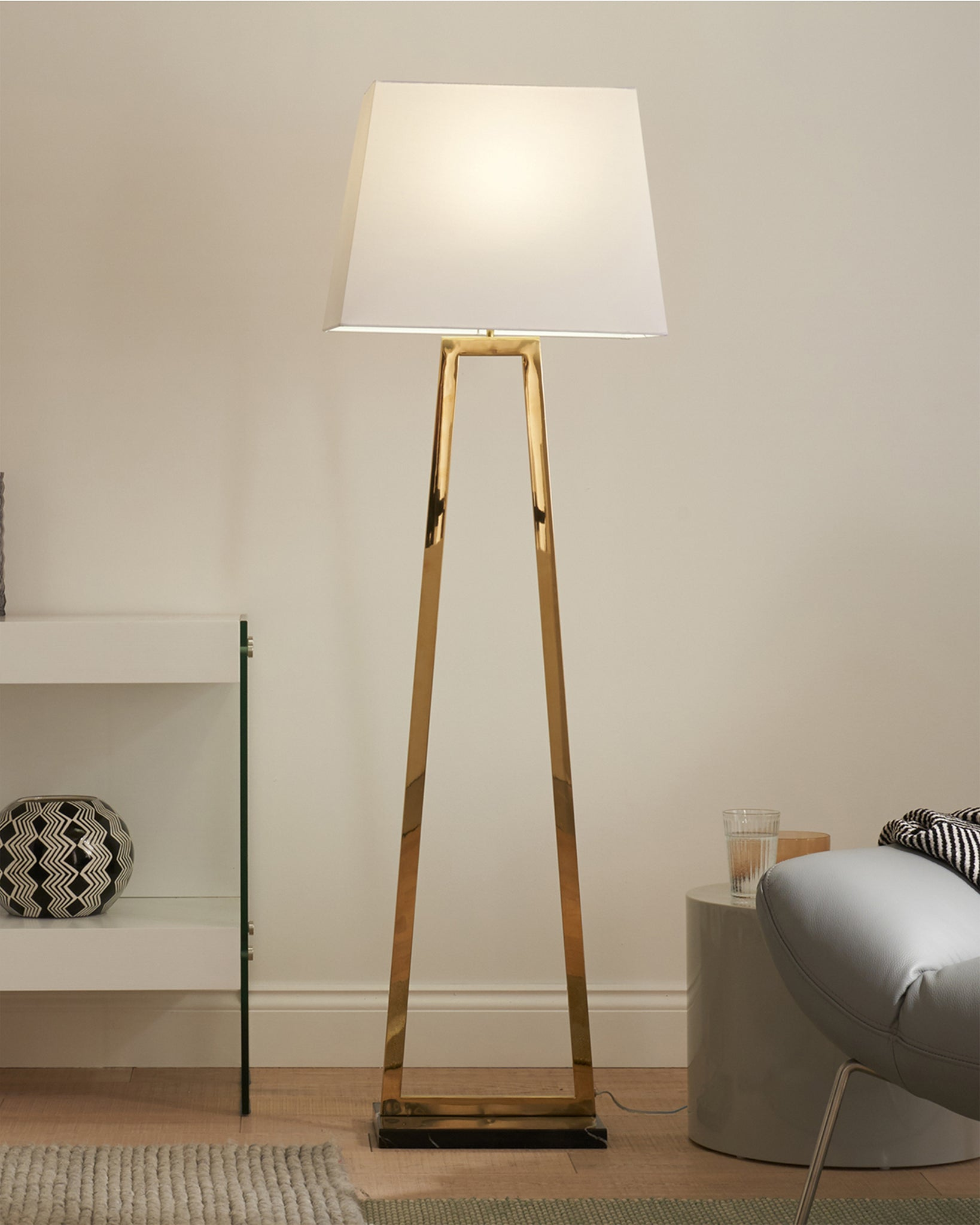 Casa Black Marble And Brass Floor Lamp