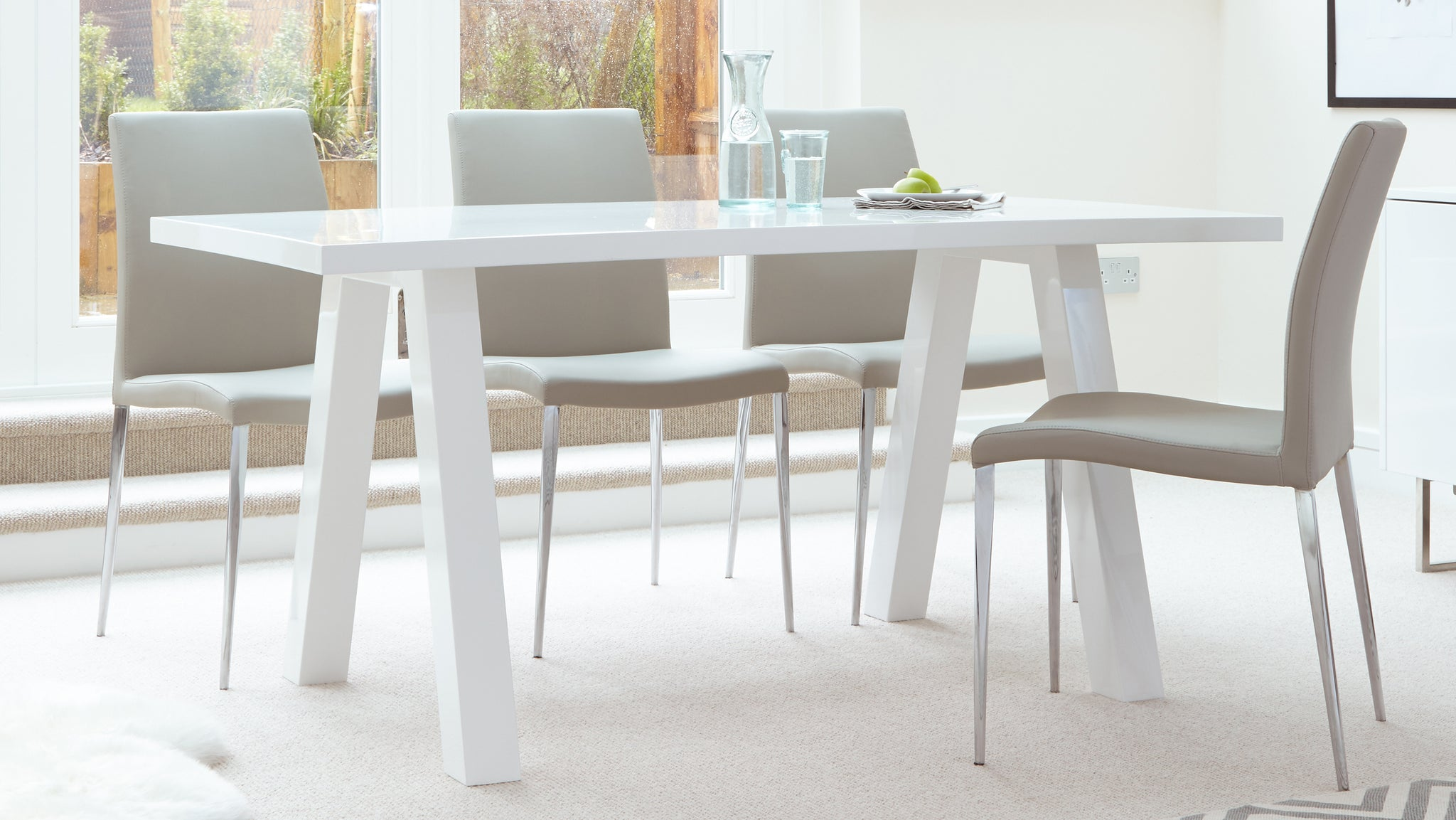 Zen White Gloss And Elise 6 Seater Dining Set