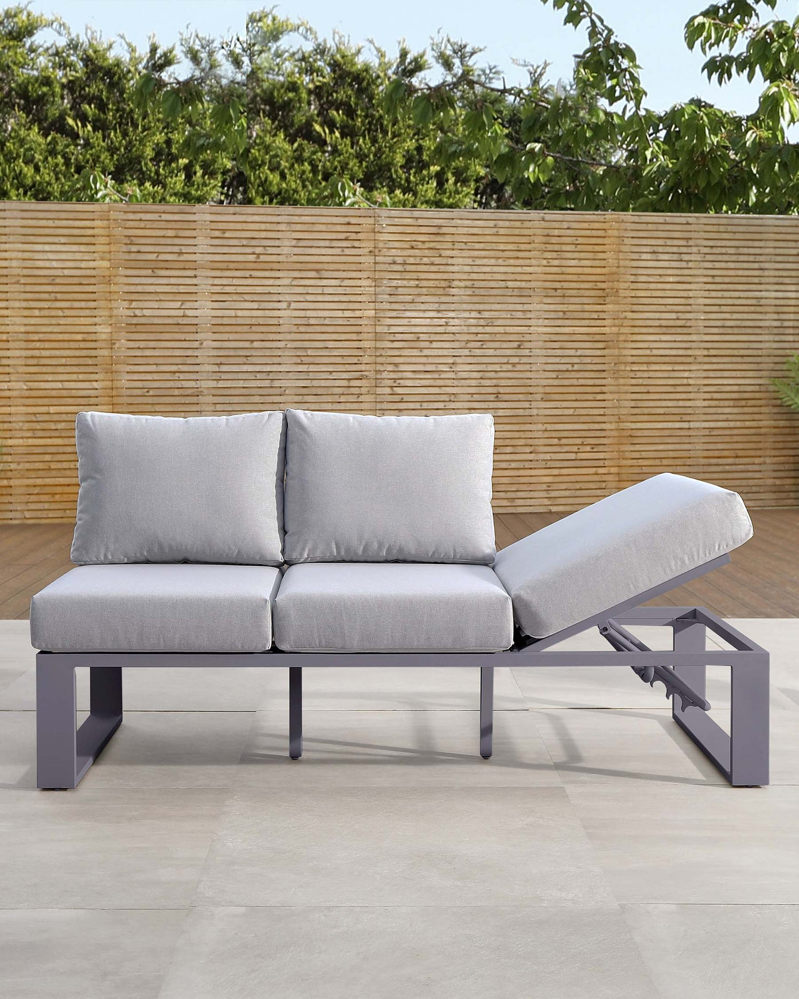 Savannah Grey Lift-up Garden Daybed