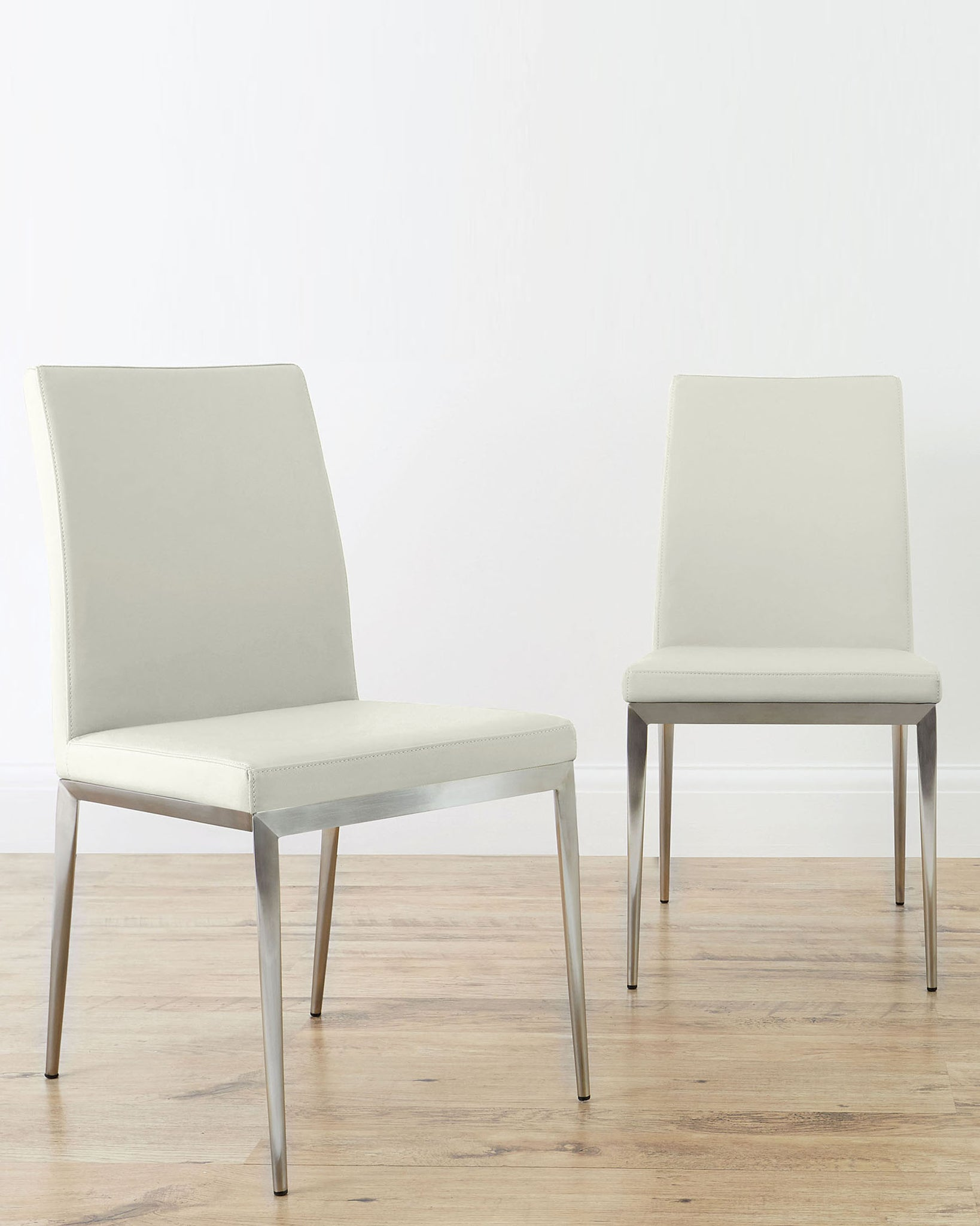 Louis Light Grey Ceramic And Lucia Extending Dining Set