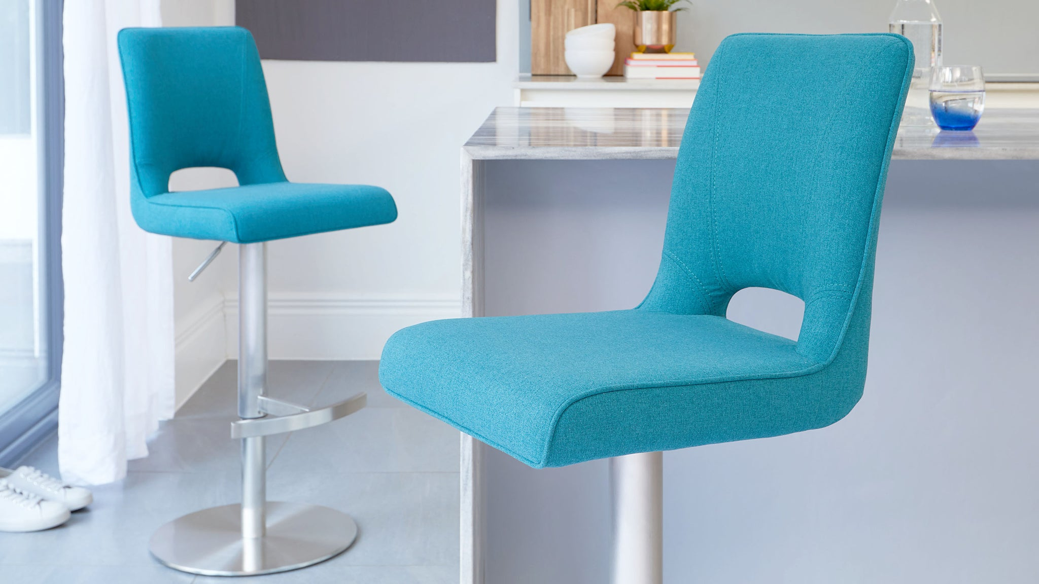 Ludo Teal Fabric Gas Lift Bar Stool