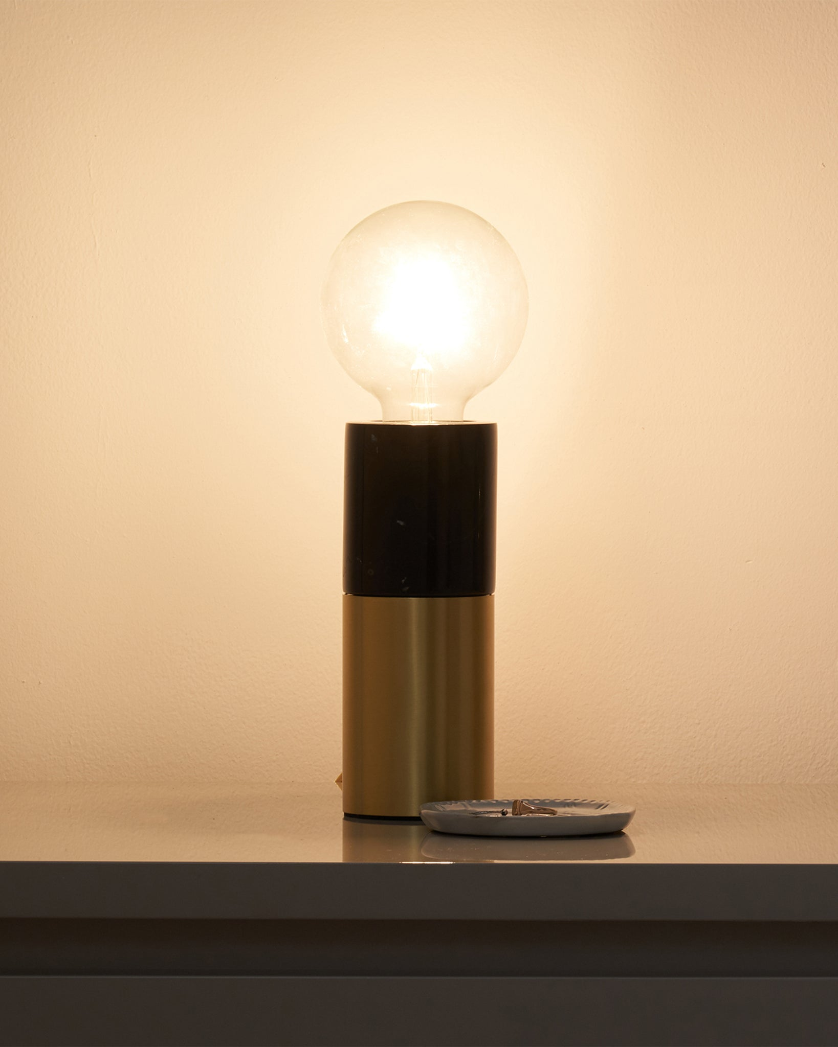 Oscar Black Marble And Brass Table Lamp