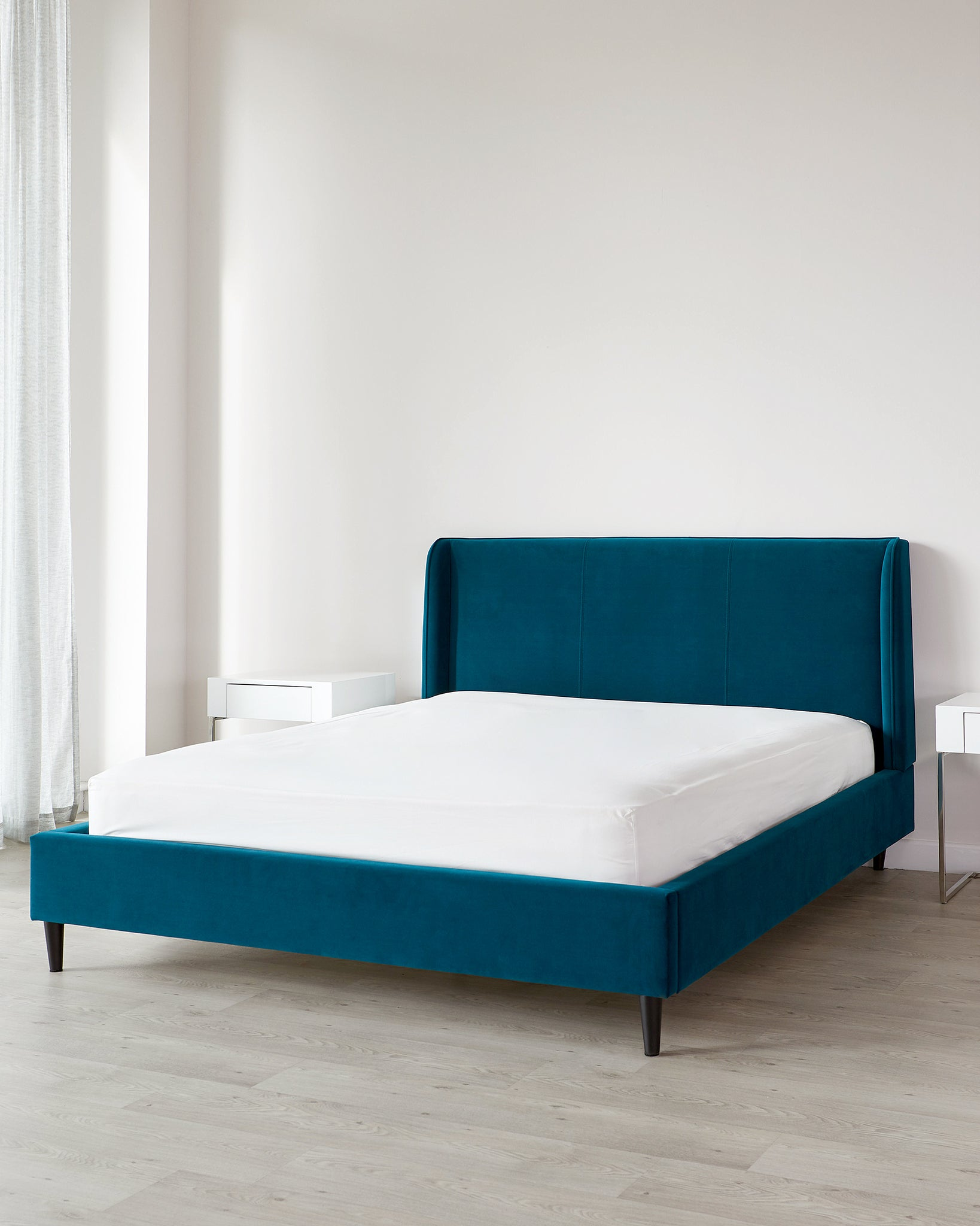 Paolo Dark Teal Velvet King Size Bed