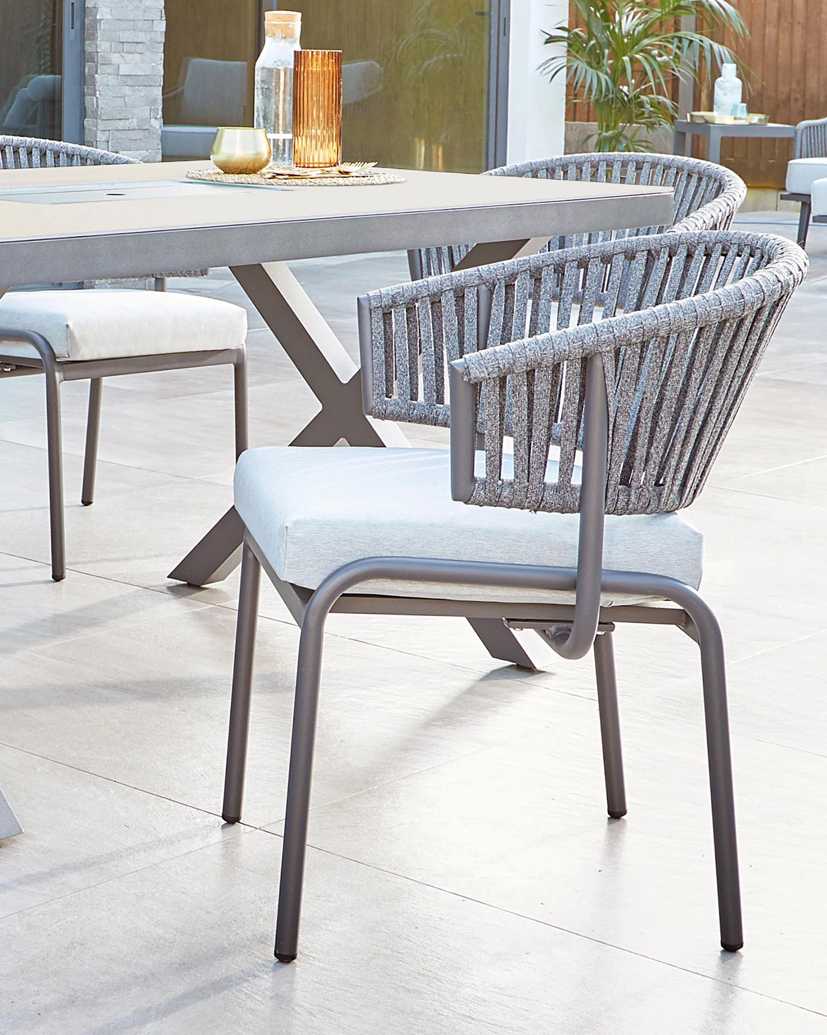 Porto Outdoor Table and Ivy Dining Chair Set