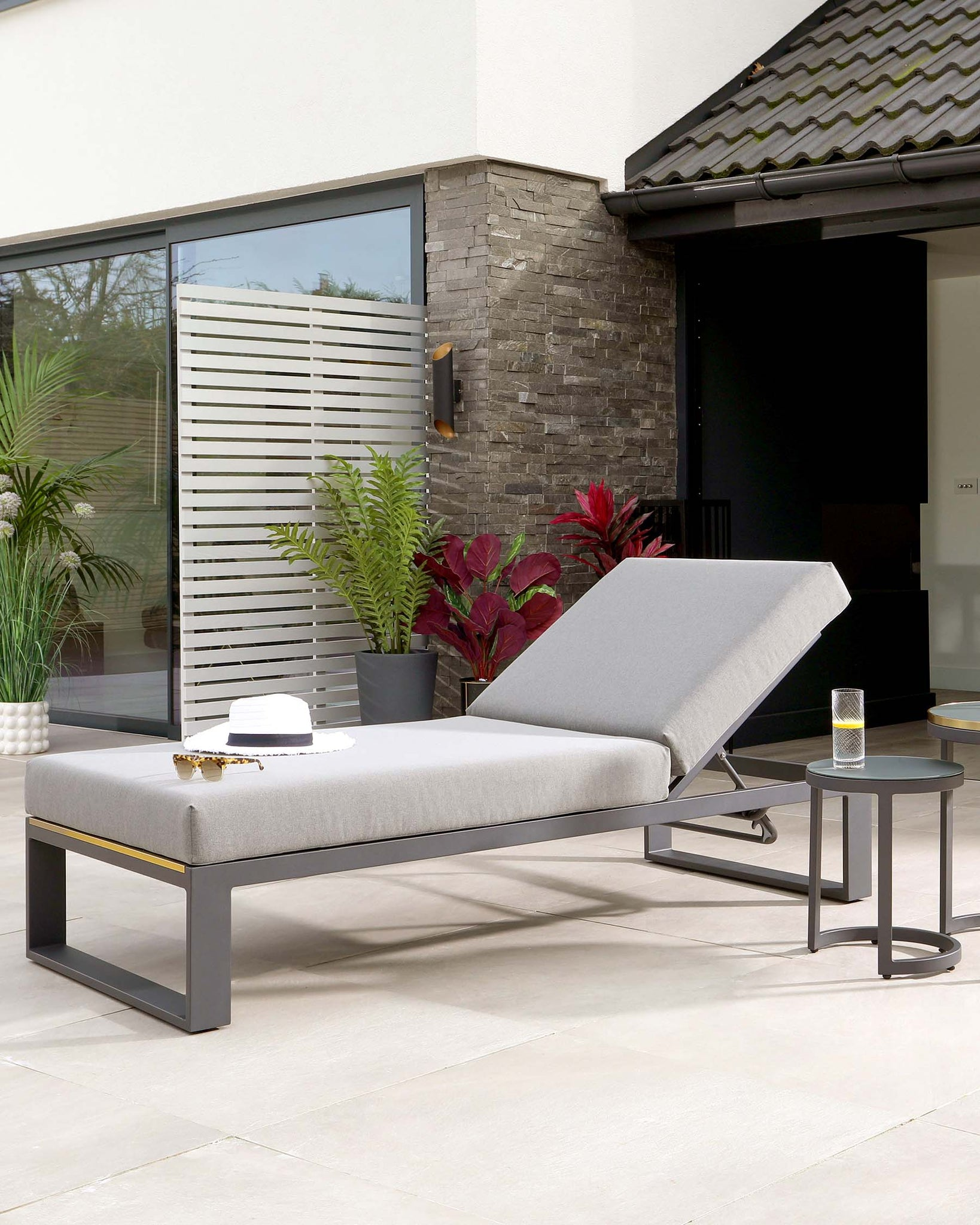 Savannah Grey Garden Sun Lounger