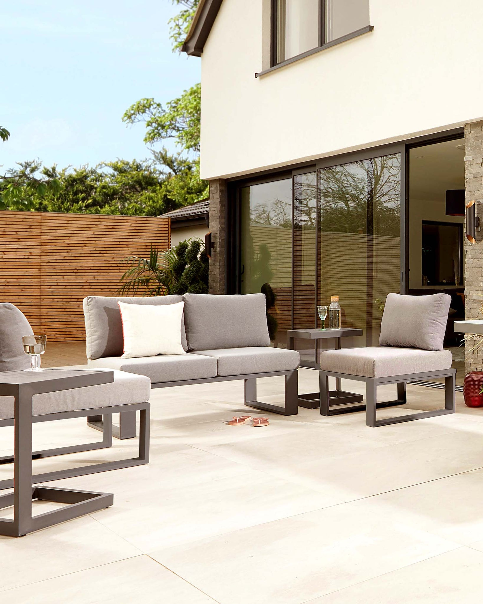 Savannah Grey Garden Single Modular Seat
