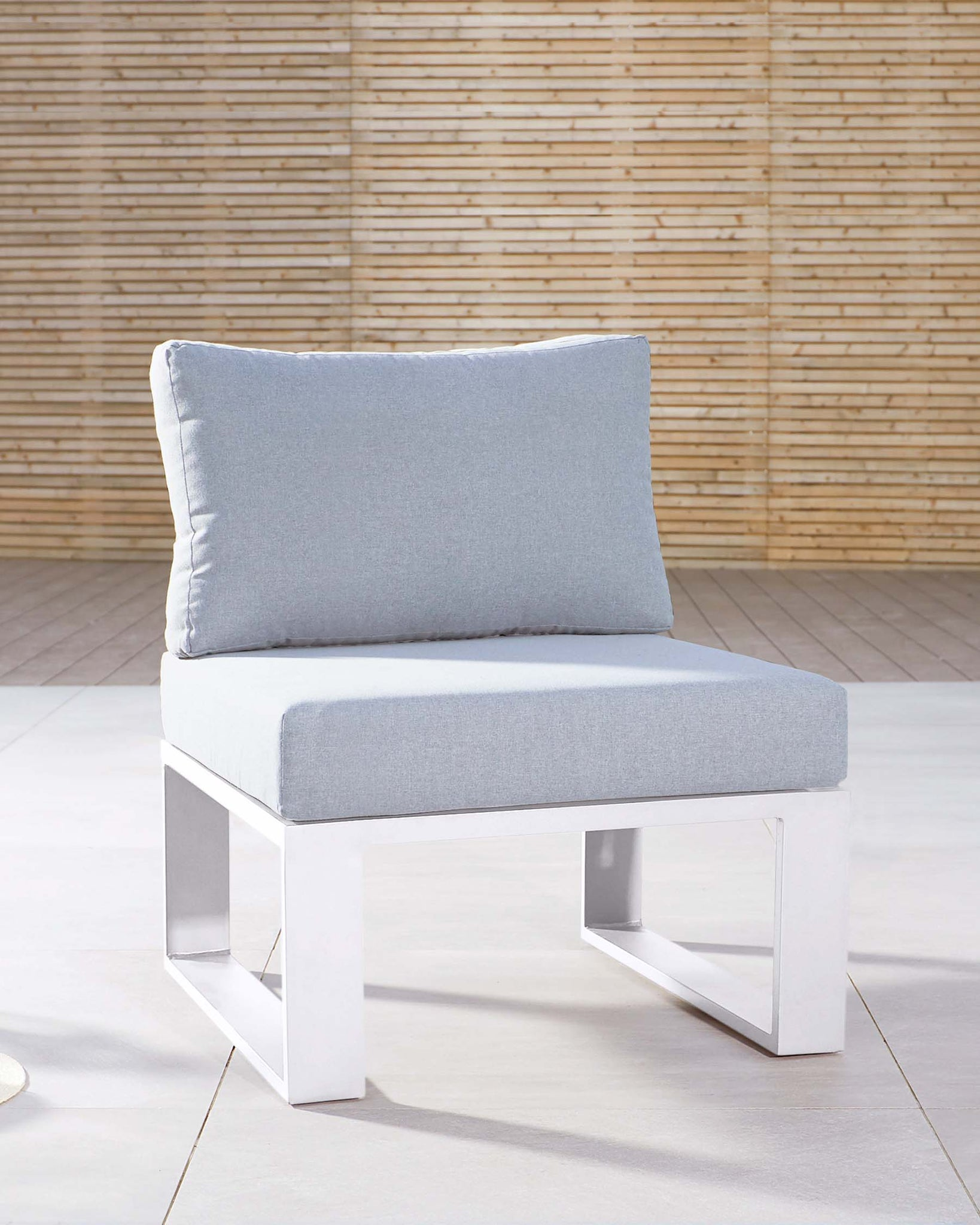 Savannah White Garden Single Modular Seat